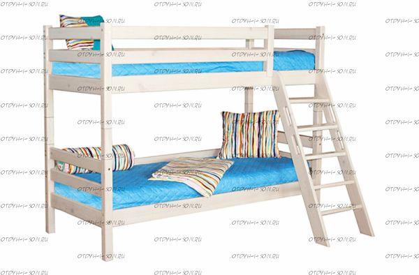 Кровать двухъярусная Соня-10 с наклонной лестницей массив