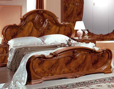 Кровати интерьерные